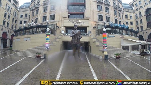 Nelson Mandela Square - Sandton City - Joanesburgo, África do Sul