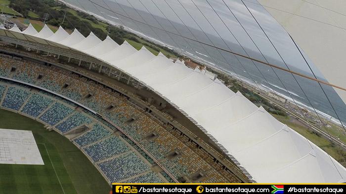 Salto/bungee - Estádio de Durban, África do Sul