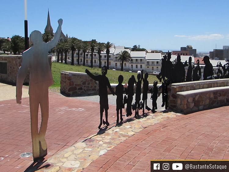 Monumento Voting Line - Port Elizabeth, África do Sul