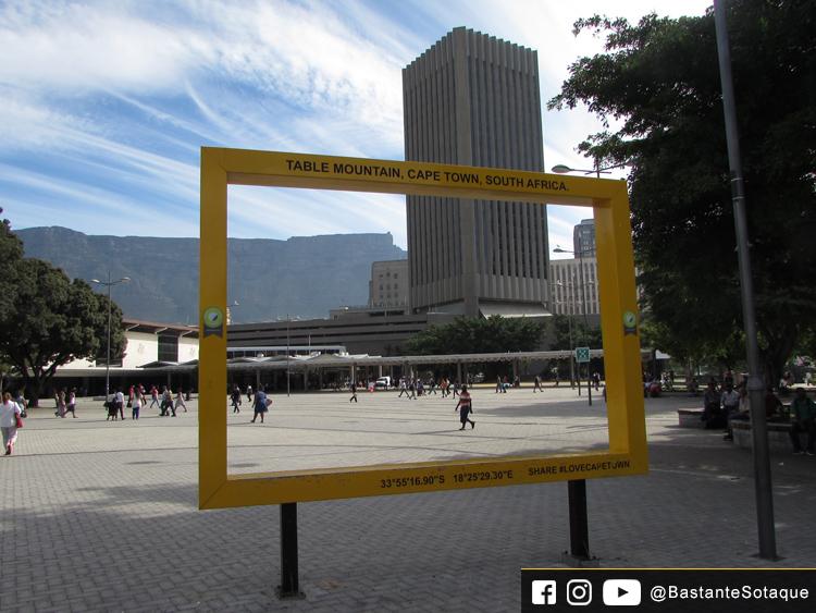 Moldura Amarela (Centro) - Cidade do Cabo/Cape Town, África do Sul
