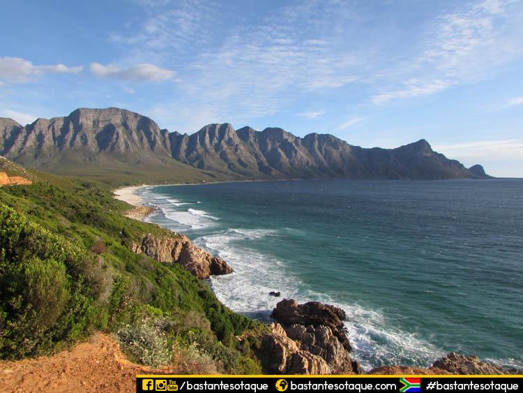 Rota cênica - R44/Clarence Drive - África do Sul