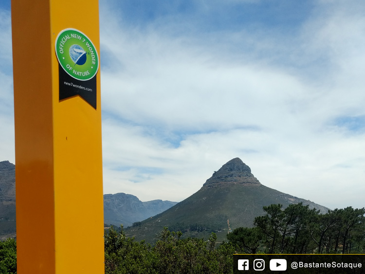 Moldura amarela - Signal Hill e Lion's Head Cidade do Cabo/Cape Town, África do Sul