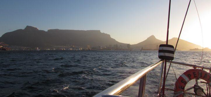 Passeio de barco da Waterfront Charters - Cidade do Cabo/Cape Town, África do Sul