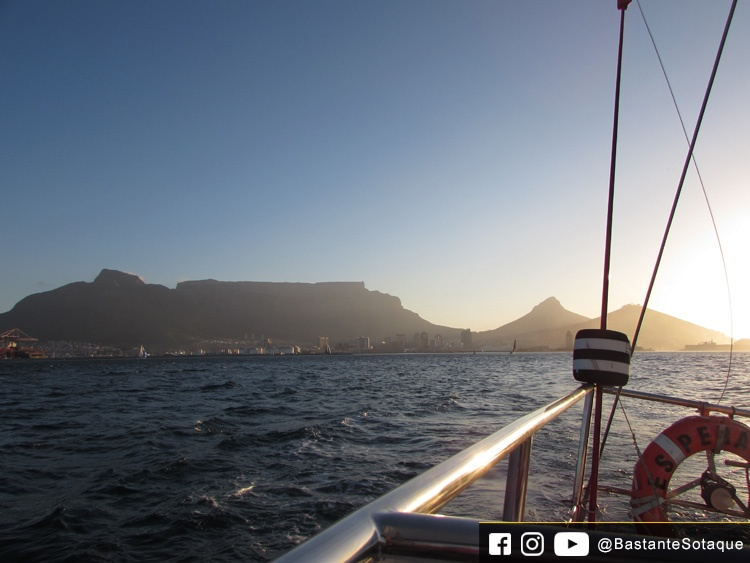 Sunset Champagne Cruise - Cidade do Cabo/Cape Town, África do Sul
