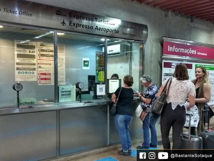 Expresso Aeroporto: bilheteria da estação Luz